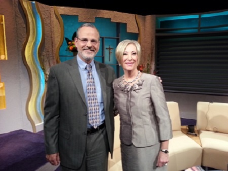 Catholic Speaker Gary Zimak will appear on EWTN's Women Of Grace with Johnnette Benkovic in January 2015