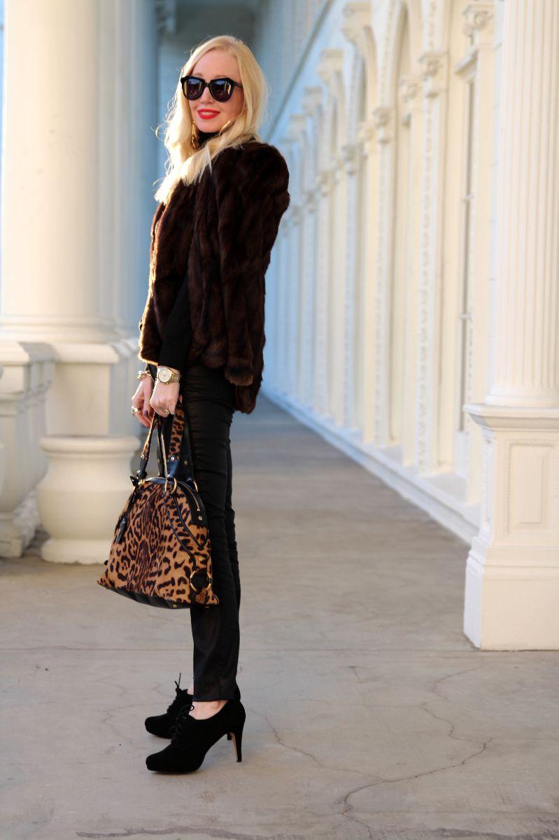 vintage fur cape, karen walker number one, ysl muse dome bag, leopard ysl bag, currently crushing