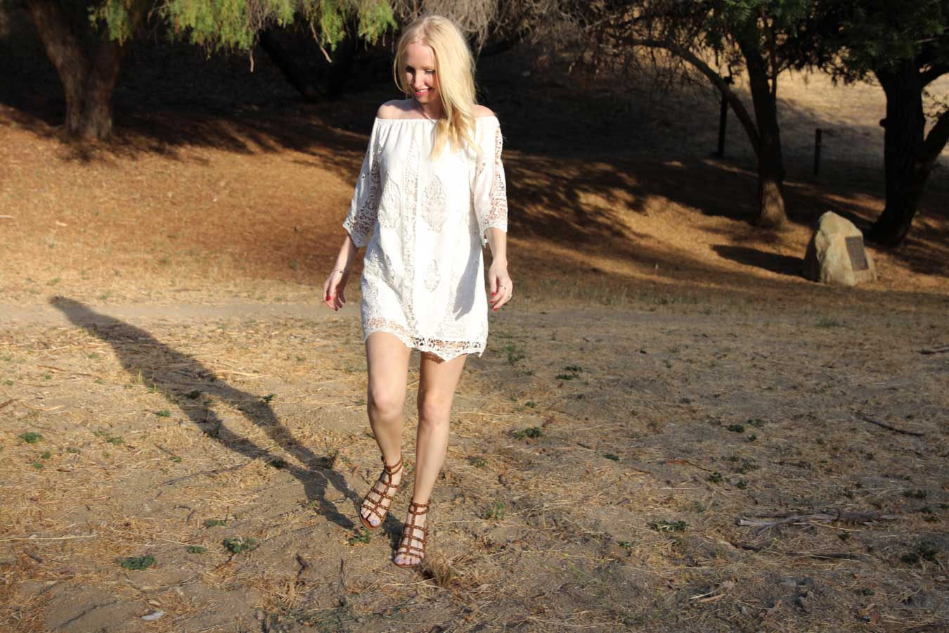 currently crushing, staring at stars dress, seychelles gladiator sandals