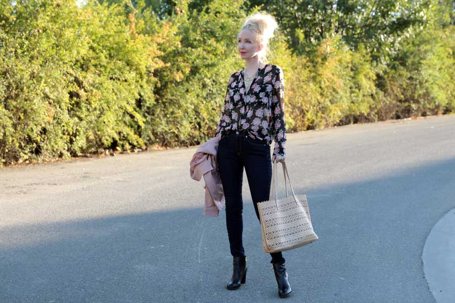 currently crushing, kitsch necklace, rag and bone jeans, c wonder boots, forever 21 floral blouse, stella and dot tote bag