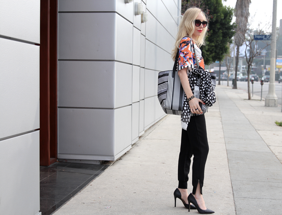 chic floral outfit