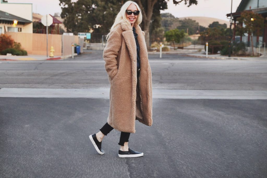 currently crushing, hm womens coats, vans leather slipons, pared eyewear, emma mulholland x pared eyewear, cutest cateye sunglasses