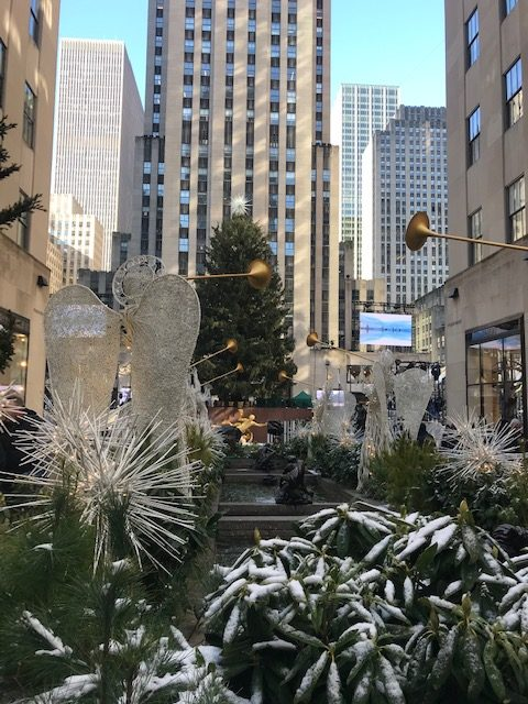 currently crushing, nyc at christmas, visiting new york for the holidays