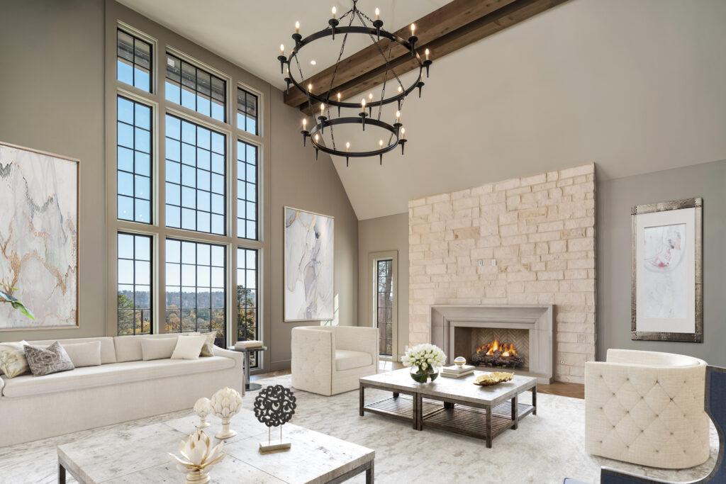 595 Ridgeview LR3 Fireplace