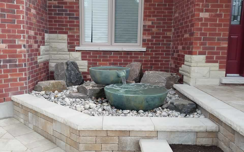 Water bowl yard feature