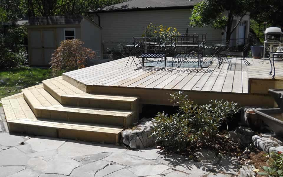 Wood deck with stairs to yard