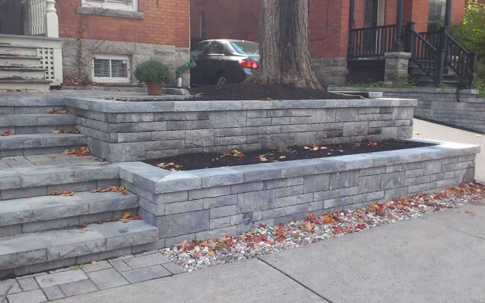 Front yard designed by Rhonda Derue and installed by Yards Unlimited Landscaping Inc.