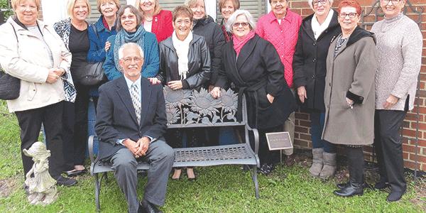 'Crowder bench' dedicated at Ecoff Elementary School