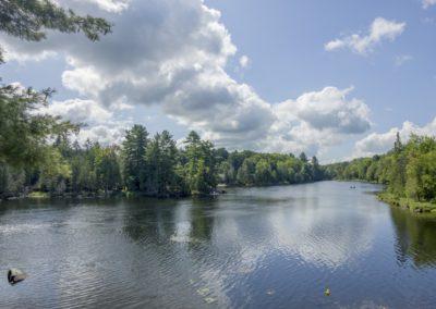 Lodge River View SpringSummer