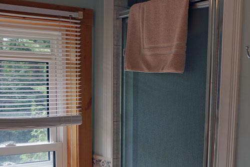 Bedrm-Moorehaven-Treetop-Suite-Bathroom-3ps