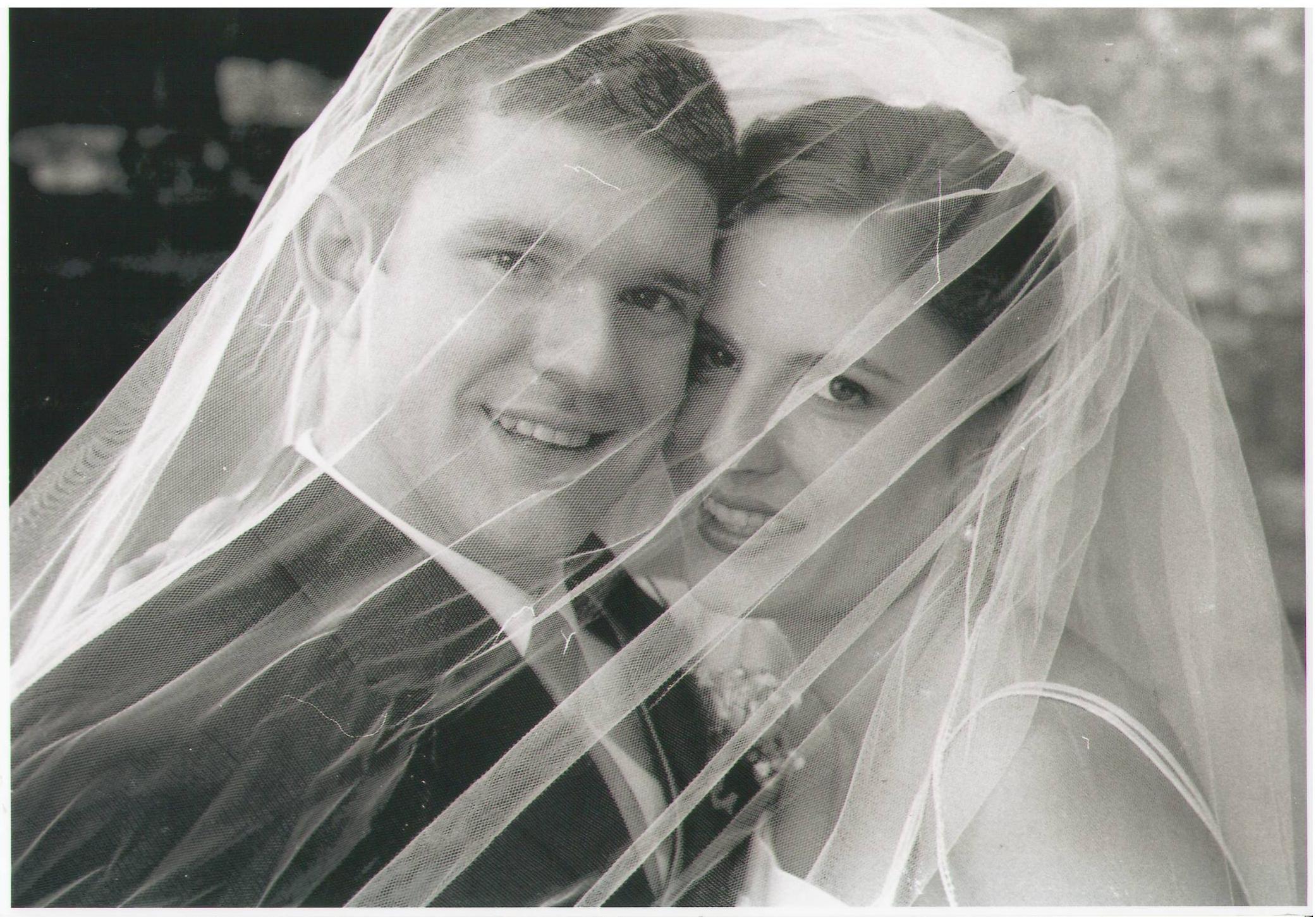 عـَشـَر َة سـِنين مـَع َ بـَعض – Ten years together
