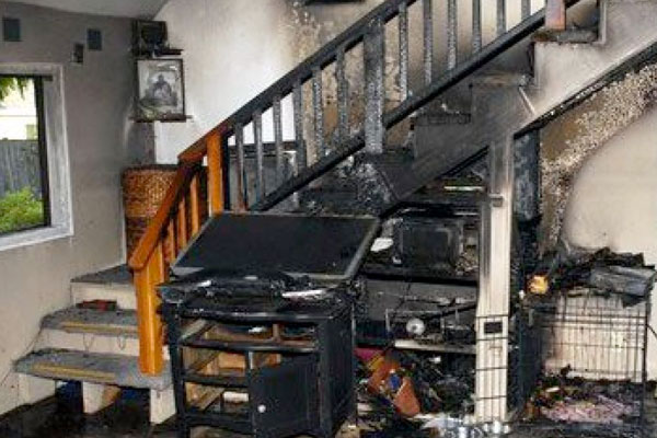 Fire Damage   Fire/Flood Damage Cleaning