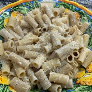 white pesto pasta