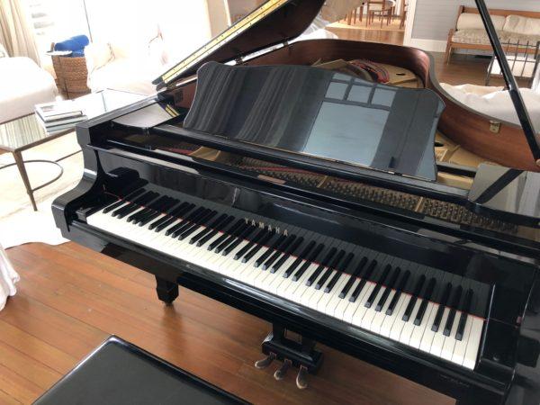 Yamaha C7 Grand Piano Ebony Elly (1)
