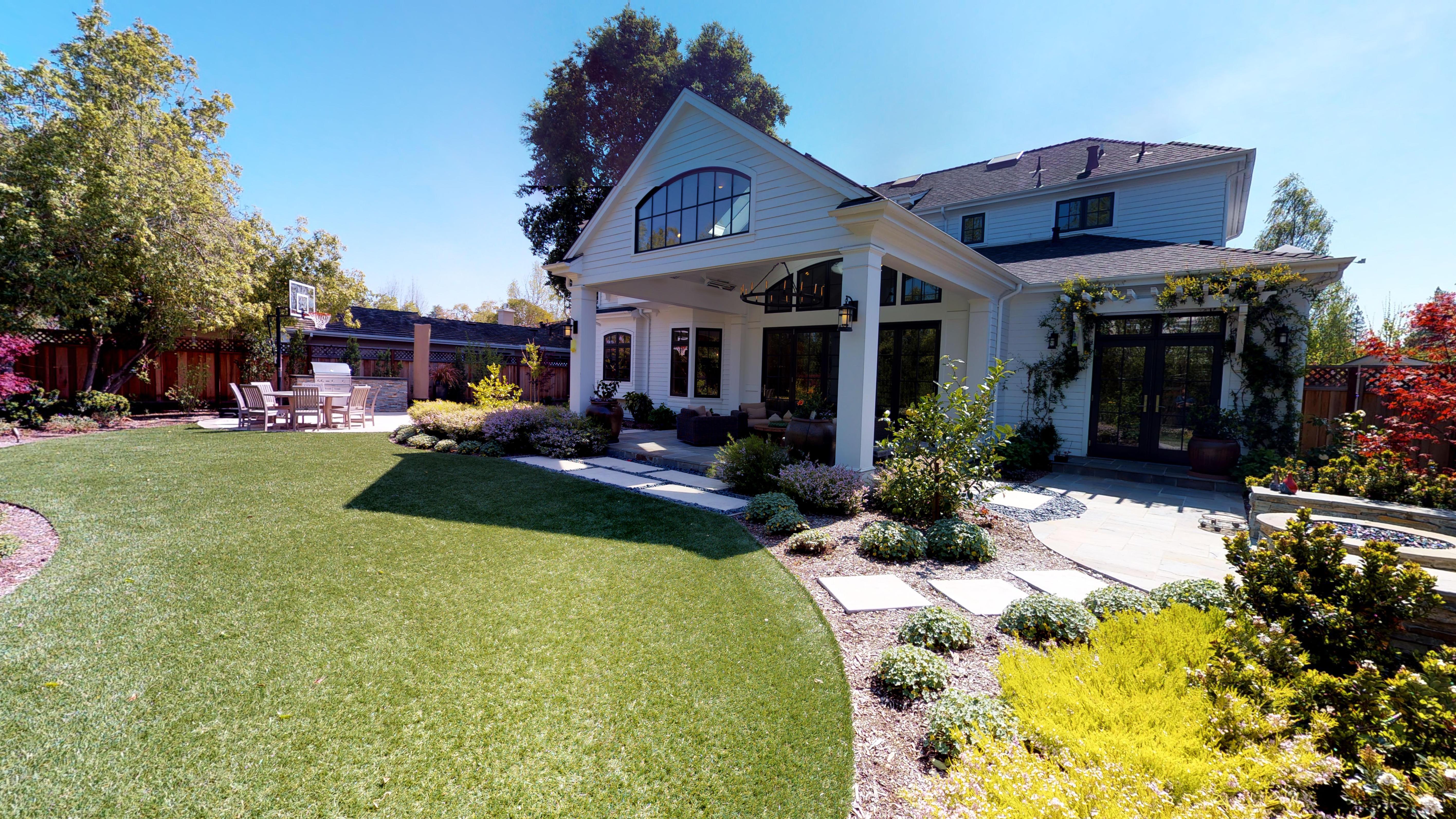 23 - Backyard
