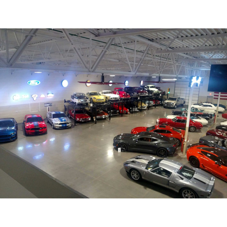 Thats a 60 inch ford neon on the wall..