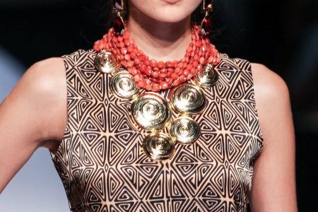 Bold accesories, Statement necklace