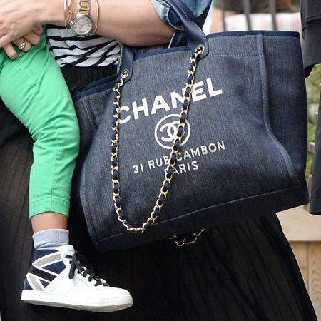 chanel-tote-bag-baby-bag-flynn-sightings--handbag_1