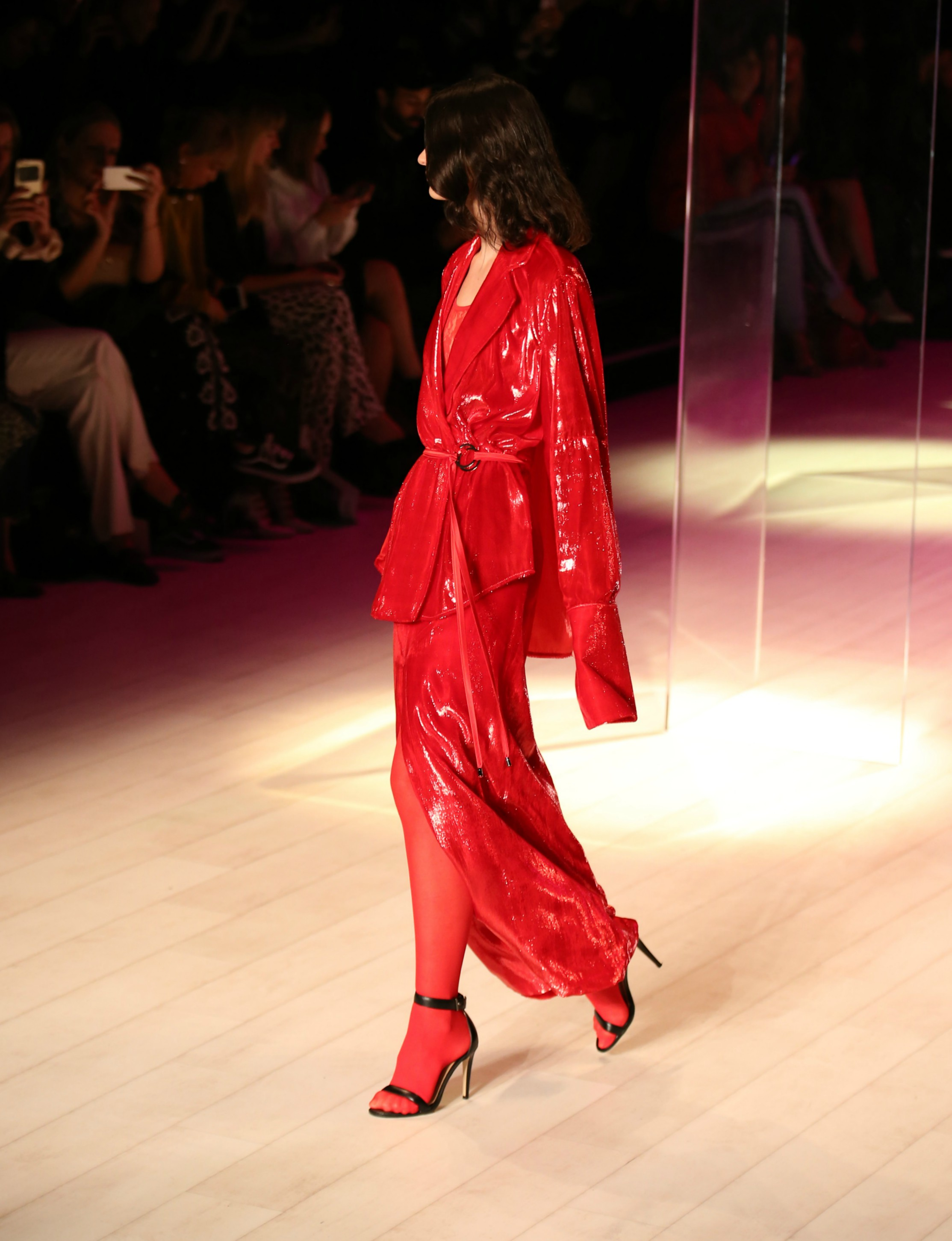 Red Trend 2017, colors to wear in 2017, fashion week australia,