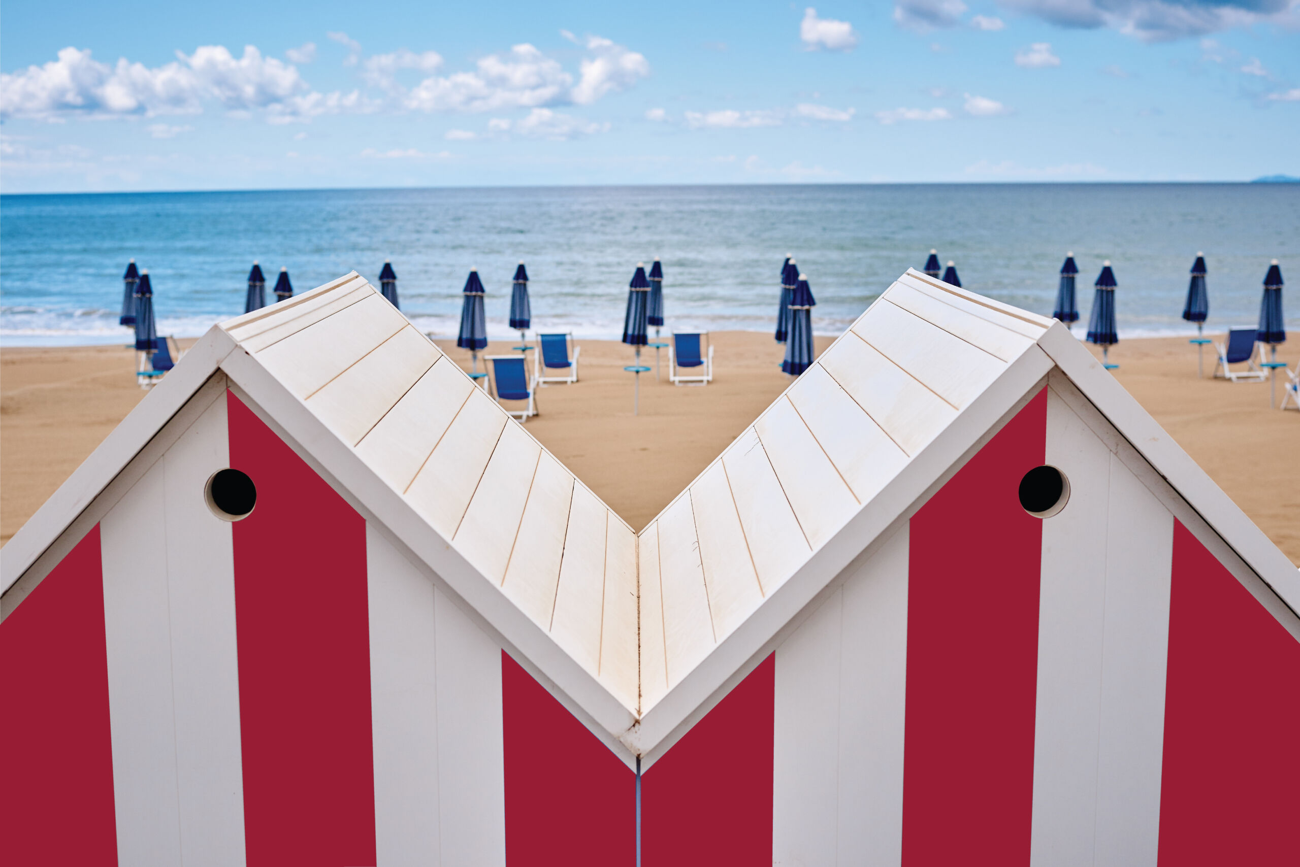 piadera Beach-Hut-red-photo-rac-120x80-1-scaled About us