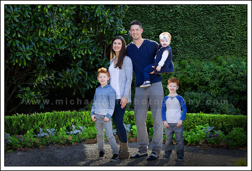 Helpful Tips for Your Outdoor Family Portrait