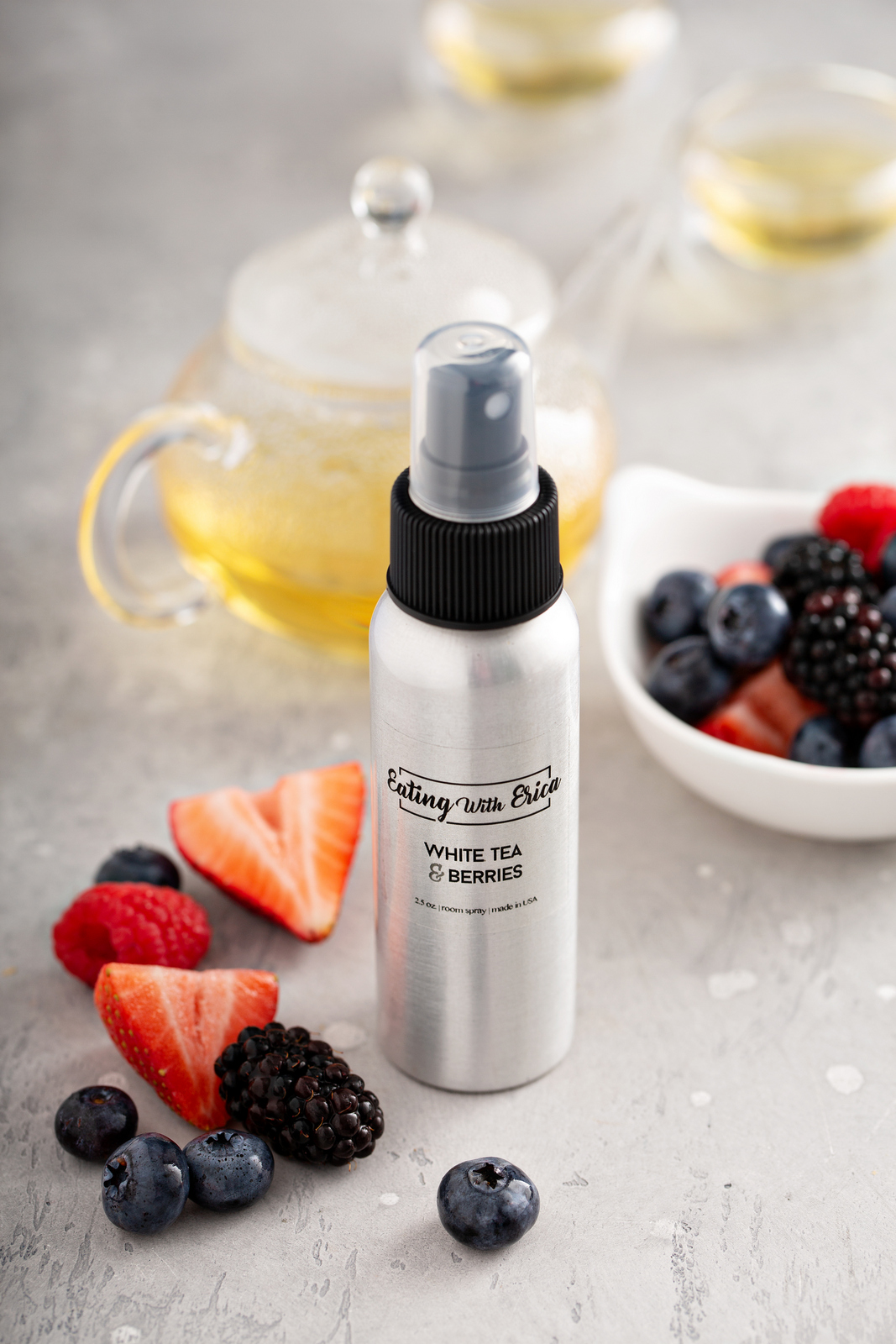 White Tea and Berries Room Spray