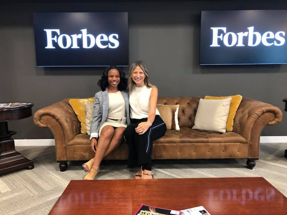 Dominique-Fluker-writer-forbes-women-eating-with-erica-essence-werque-dominique-Dominique-Fluker-Author-at-Glassdoor-Oakland-CA-Bay-Area-Sarah-Lawrence- College-in-New-York-DOMINIQUE-B. -FLUKER-DOMINIQUE-brielle