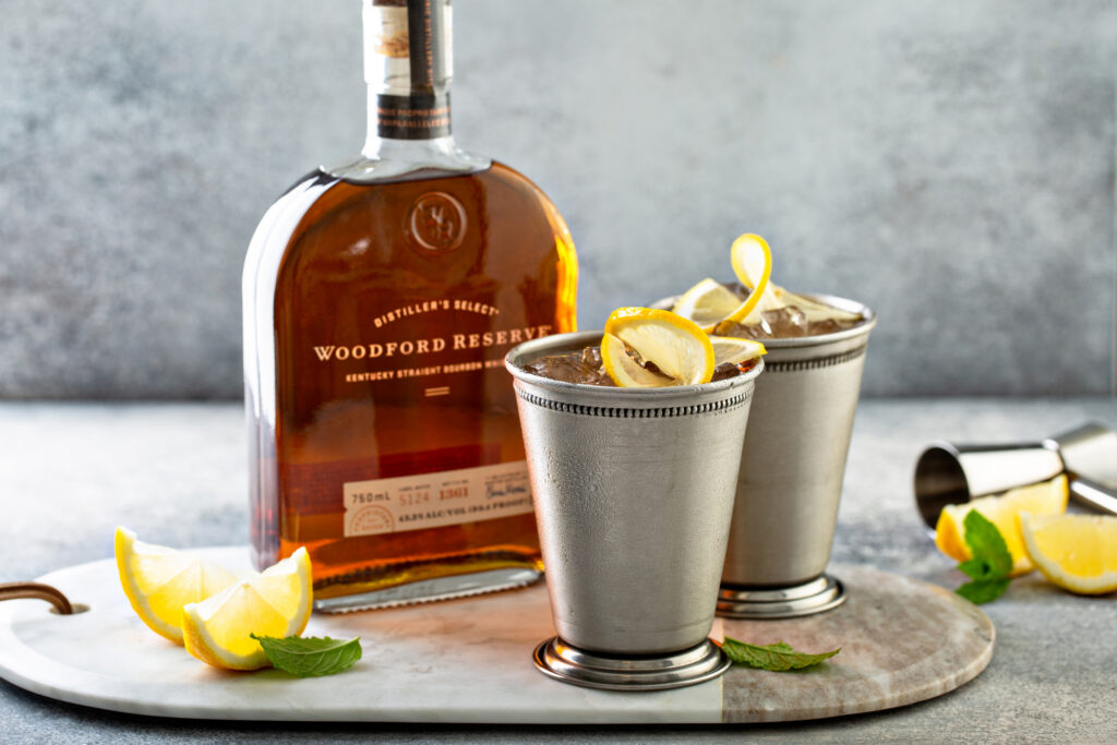 Bourbon-Peach-Tea-Smash-eating-with-erica-foodie-food-blogger-draper-James-Louisville-Kentucky-woodford-reserve-cocktail-blogger-woodford-reserve-price-woodford-reserve-distillery-tour-woodford-reserve-double-oaked-woodford-reserve-master's-collection-woodford-reserve-rye-woodford-reserve-batch-proof-woodford-reserve-750ml-louisville-kentucky-Reese-witherspoon-draper-james-atlanta-ga