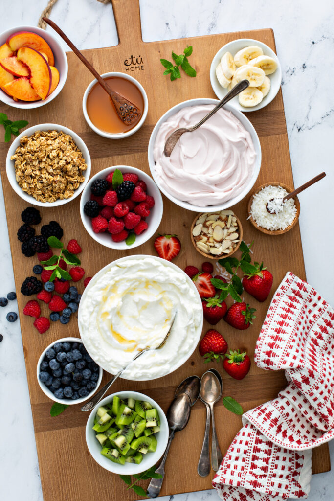 greek-yogurt-breakfast-ideas-for-weight-loss-granola-yogurt-bowl-yogurt-bowl-calories-acai-yogurt-bowl-what-to-mix-with-plain-yogurt-greek-yogurt-recipes-what-to-eat-with-yogurt-for-breakfast-breakfast-yogurt-and-granola-eating-with-erica-food-blogger-foodie-atlanta-ga-blogger-southern-blogger-etu-home-buckhead-etu-home-etú-HOME-store-erica-key