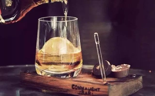加水後的威士忌