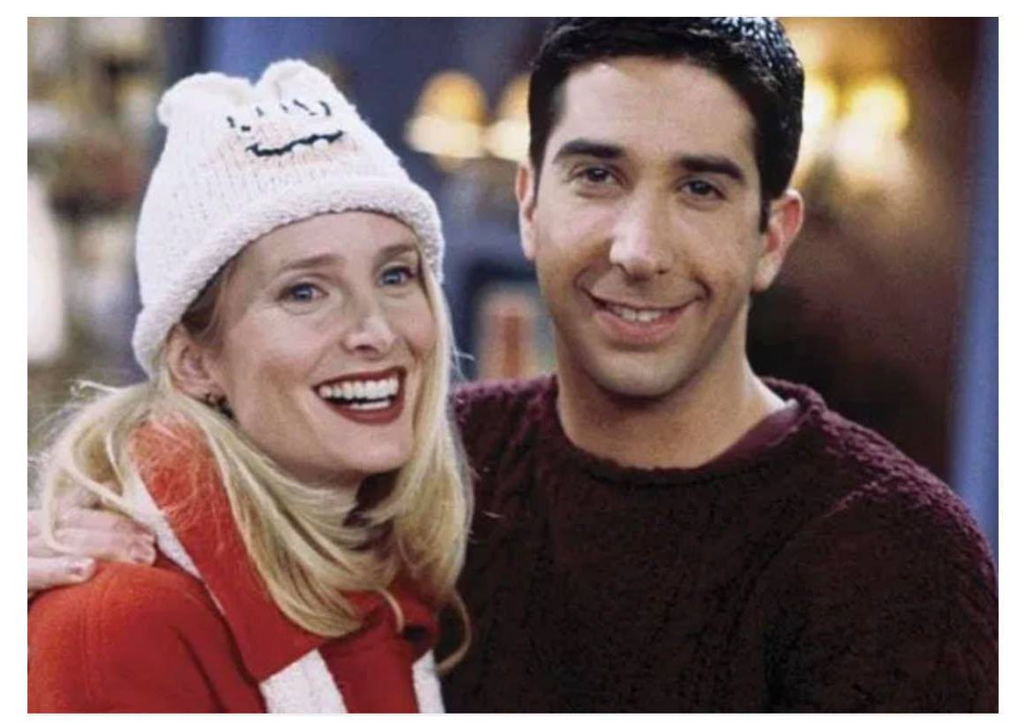 Jane Sibbett as Carol and David Schwimmer as Ross in Friends