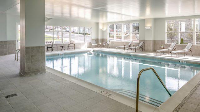 hotel-madison-pool