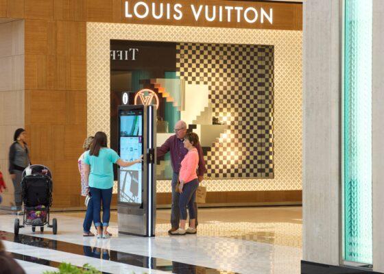 Interactive Kiosks, kiosk, touchscreen, wayfinding, retail, digital displays, digital signage, advertising, programmatic, Gable, visual solutions, digital kiosk, digital directory