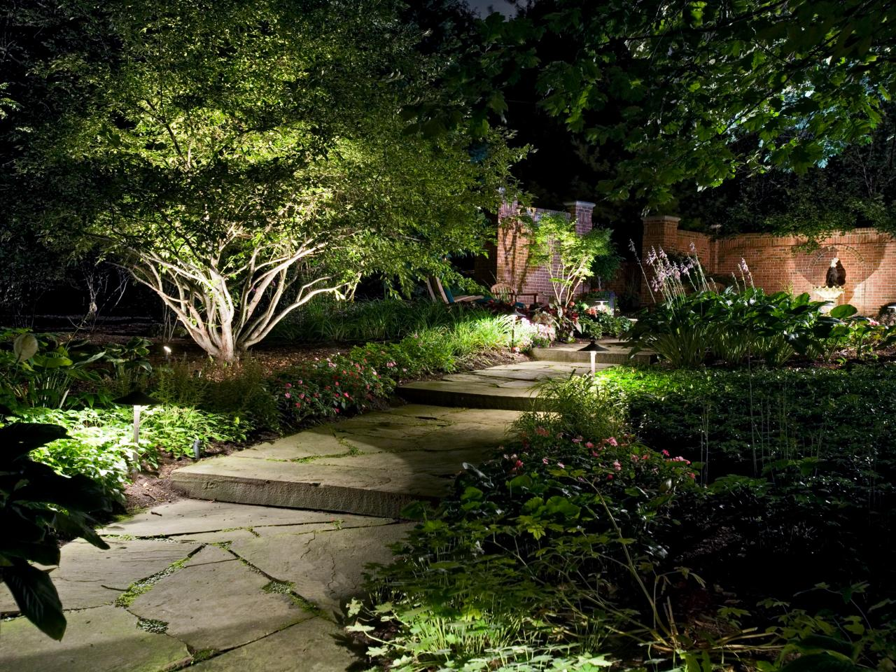 https://secureservercdn.net/198.71.233.197/f0f.f43.myftpupload.com/wp-content/uploads/2017/02/Landscape-Lighting-Back-Pathway-BlueSkyRain.com_.jpg