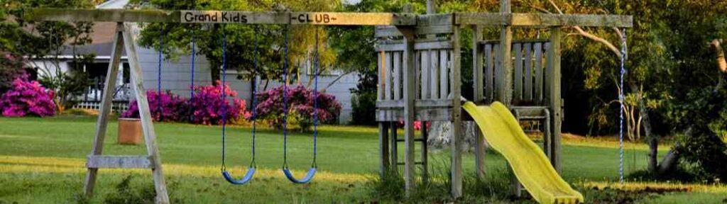 Choosing backyard playsets and swingsets