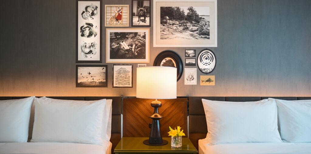 Renaissance_Bloomington_Guest_Room