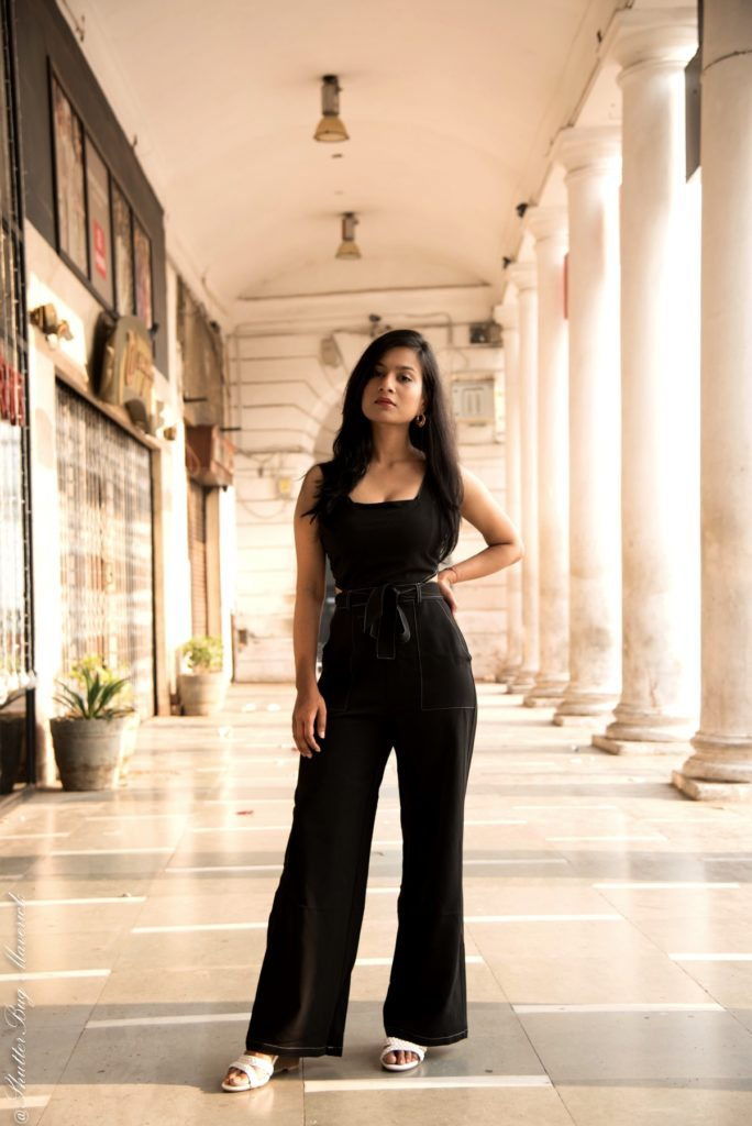 Neha-khandelwal-in-easy-outfits-tally-weijl-black-jumpsuit-weekend-look-27-oct