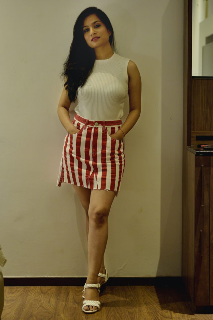 Striped-mini-skirt-knit-top-weekend-look-outfit