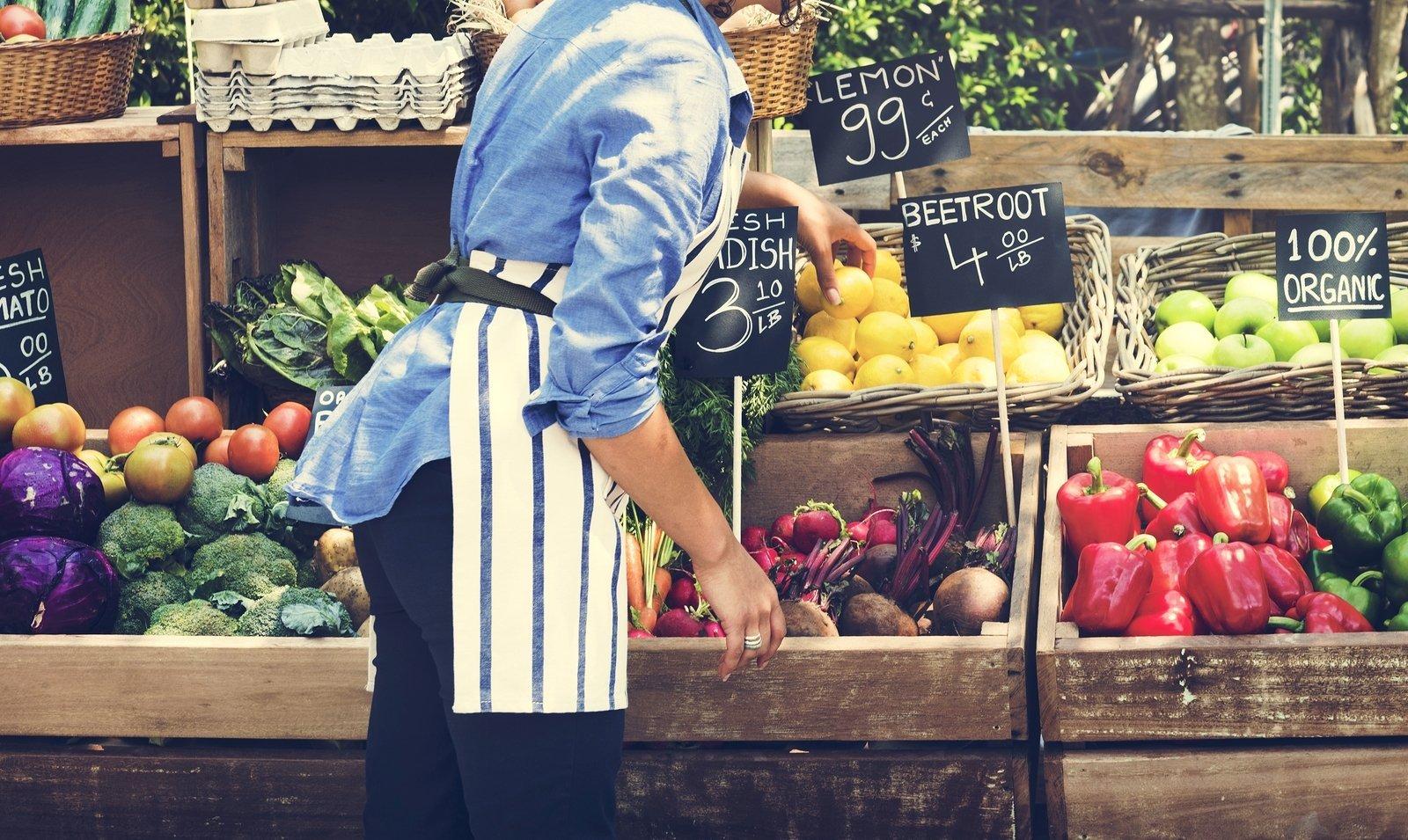 woman-selling-fresh-local-vege
