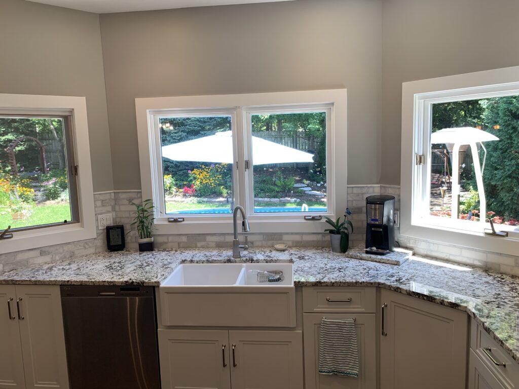 Overhang Sinks