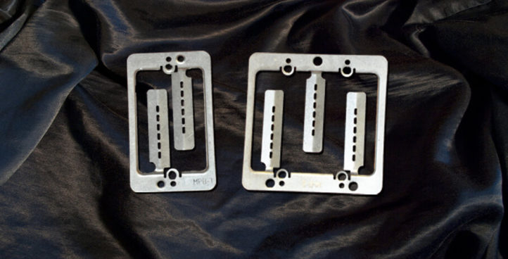 Low-Volt Mounting Plates