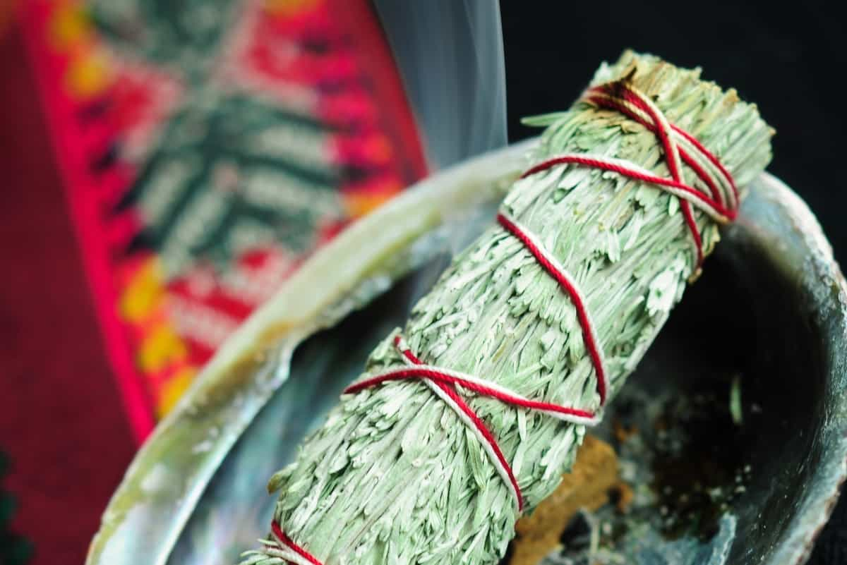 Aura Metier Workshops - Sacred Art of Smudging