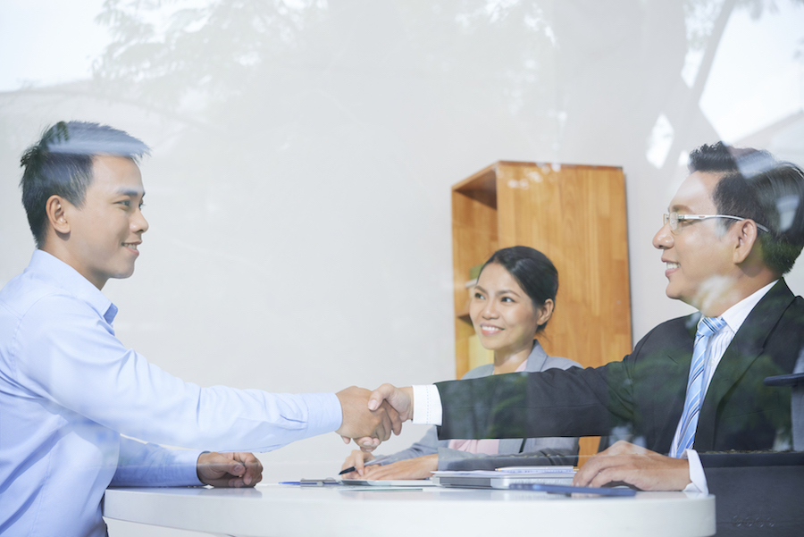 Tips for Proper Job Interview Etiquette - Staff Solve