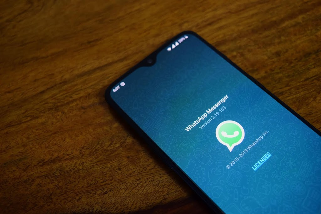 WhatsApp to Stop Working on Old Devices From Next Year