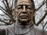 Kim-Bernadas-Brother-Martin-Sculpture-6