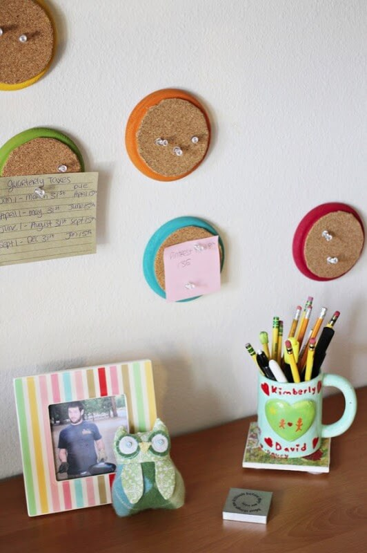 DIY: Colorful Circle Corkboards To Keep Your To Do's Organized