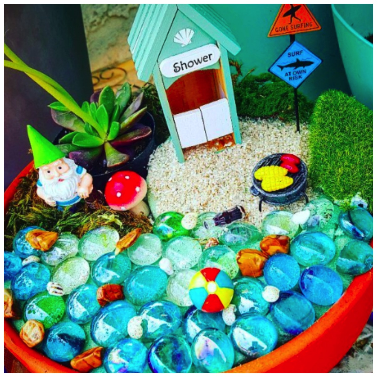 Unique beach gnome garden