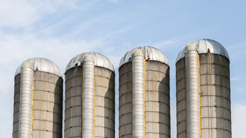 Would you rather control your digital ID, or have it stored in someone else's silo?