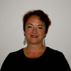 Denise Lee Ponse Leone