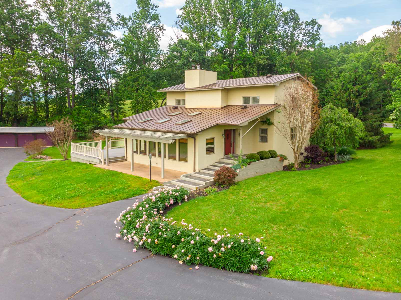 Home for Sale in Earlysville